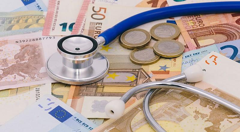 Tingginya biaya pengobatan diabetes melitus mengharuskan setiap orang peduli kesehatan
